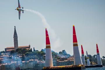 Компания DHL доставила Red Bull Air Race 2018 в Казань
