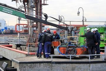 Скиммеры устранят разливы нефти в петербургском порту