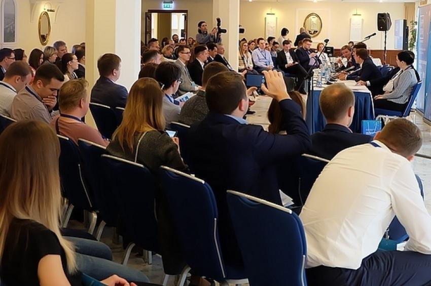 Восьмого июня логисты производителей и сетей обсудили вопросы цифровизации, сотрудничества и партнерства в цепи поставок