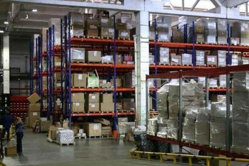 Курьеры арендовали склад на 6000 кв м
