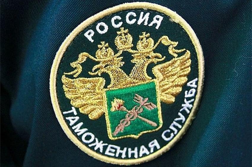 Таможенниками Сибири за девять месяцев 2018 года выявлено около 2 миллионов единиц контрафактной продукции