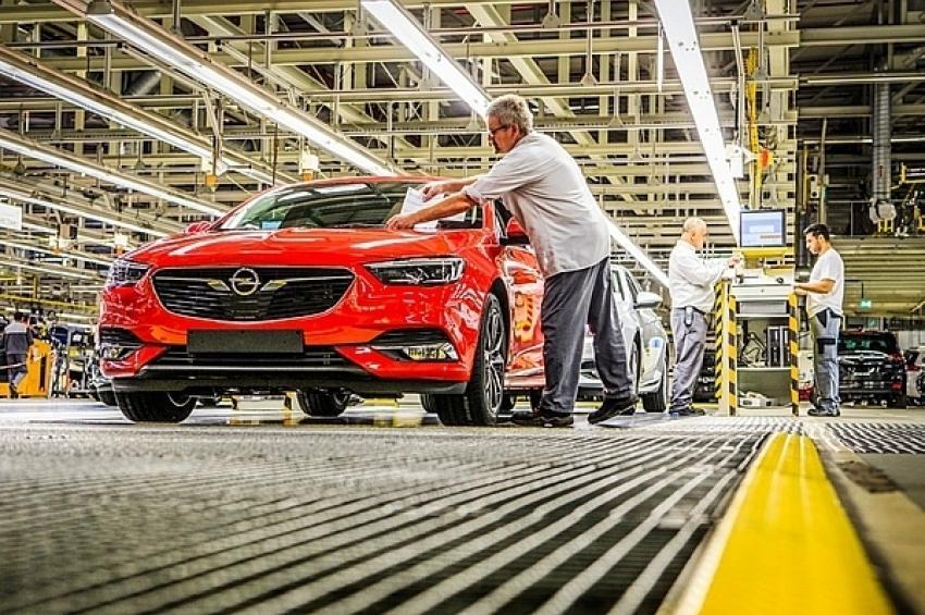 Opel и Vauxhall продлевают эксклюзивное партнерство с GEFCO в сфере оказания 4PL услуг