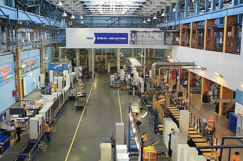 На производстве холодильников АО «ПОЗиС» продолжается экспериментальный проект «TWI. Обучение в промышленности»