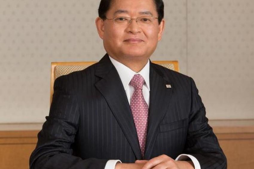 Toshiba приветствует Нобуаки Куруматани, вступающего в должность председателя и генерального директора корпорации